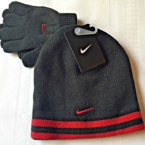 Nike Youth Black/Red Knit Beanie & Gloves